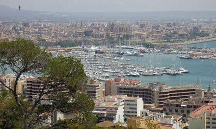 De nuevo miles de personas se manifestaron el viernes también en Palma por las medidas tan drásticas que están arruinando a la población