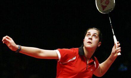 Gran debut de Carolina en el Masters de Maestras. La onubense supera en dos sets a la rusa Kosetskaya.