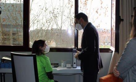 La Comunidad de Madrid reabre el hotel de Las Tablas para personas y familias vulnerables convalecientes por COVID-19