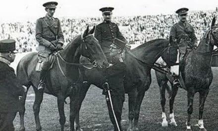 4ª MEDALLA (AMSTERDAM 1928). ORO en Hípica (Saltos concurso Equipos) LA CABALLERÍA DE ORO ESPAÑOLA