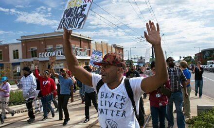 La Cámara de Representantes aprueba el proyecto de la ley George Floyd, que busca evitar la violencia policial