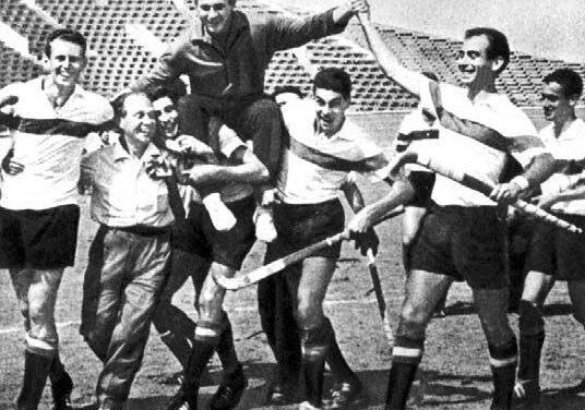 8ª MEDALLA (Roma 1960). BRONCE en Hockey Hierba Masculino LA PRIMERA SEÑAL DEL ÉXITO DEL STICKS