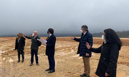 La junta proyecta una nueva base de helicópteros para la lucha contra incendios forestales en Riello, León