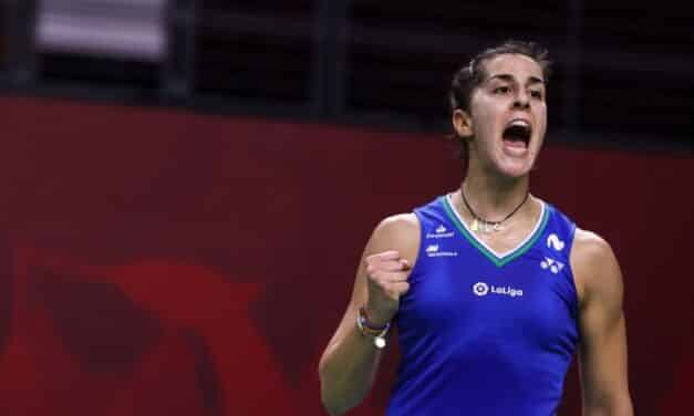 Carolina Marín arrasa en su debut en el Yonex de Basilea. (2-0 ante la rusa Perminova) en sólo ¡25 minutos!