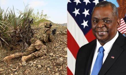 El secretario de Defensa de EEUU, Lloyd Austin llega por sorpresa a Afganistán.
