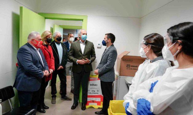 La Comunidad de Madrid comienza los test de antígenos a trabajadores de hostelería dentro del Plan Sumamos Salud+Economía