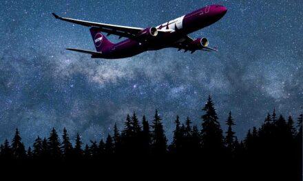 Grabadora de voces del avión siniestrado en enero en Indonesia es localizada.