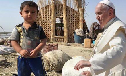 El Papa Francisco concluye su histórica visita a Irak