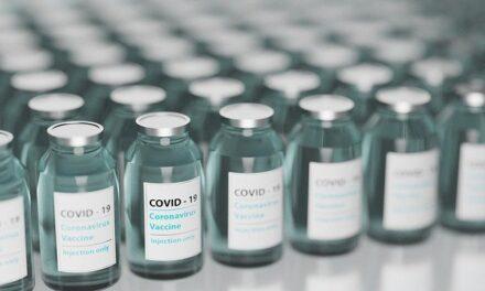 México confirma la llegada de otro millón de dosis de AstraZeneca contra la COVID-19 procedentes de EEUU.
