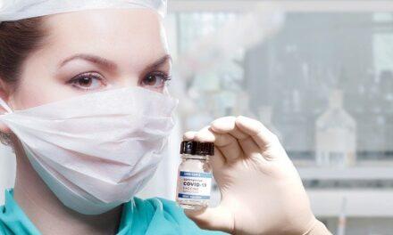 Qué dice la EMA sobre el lote inmovilizado de vacunas de AstraZeneca y los casos de trombos