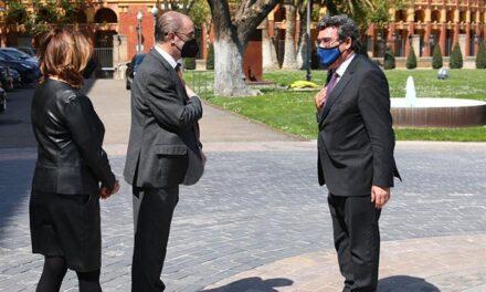 """Escrivá: """"El Ministerio y el Gobierno de Aragón siguen avanzando en el despliegue del IMV con los itinerarios de inclusión"""""""