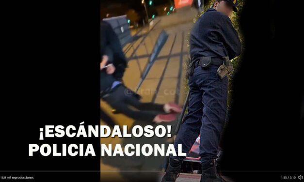 ABUSO POLICIAL GRAVE: Policias nacionales dejan inconsciente a un menor en un centro comercial. Motivo llevar mascarilla por debajo de la nariz. VIDEO IMPACTANTE